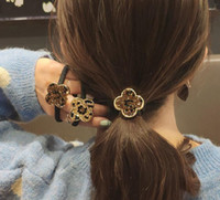 folha de compensação venda por atacado-Dongdaemun elástico de cabelo cabelo simples trevo de quatro folhas anel de cabelo moda strass cabeça de leopardo corda adulto cabeça rede vermelha
