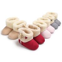 botas de goma viejas al por mayor-2018 nuevo Invierno 0-1 años de edad, hombres y mujeres bebé botas de goma antideslizantes con fondo de goma cálido zapatos para niños pequeños primeros zapatos