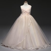 Wholesale beautiful party dresses for children resale online - Children Clothing Elegant Dress For Girl Long Gowns For Kids Party And Wedding Sleeveless Floral Beautiful Ceremony Dresses J190612