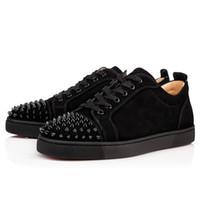 tasarımcı çantaları pvc toptan satış-Tasarımcı Sneakers Kırmızı Alt Düşük Kesim Spike Flats Ayakkabı Erkekler Kadınlar Için Deri Toz Torbası Ile Sneakers Rahat Ayakkabı