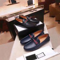 modelos vestidos de negro al por mayor-Zapatos de lujo para hombres, zapatos con punta de metal dorada, zapatos de vestir de gamuza clásicos en negro y marrón, zapatos de fiesta y de negocios de moda para hombres