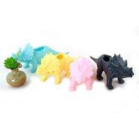ingrosso fornitura di giardini eco-Animali simulati Triceratopo Vaso di fiori in plastica non in resina Vasetti per piante grasse Originalità Eco Friendly Forniture da giardino Fabbrica diretta