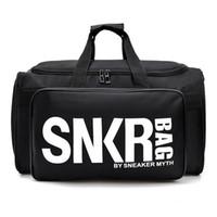 weißer beutelsport großhandel-Designer-New SNKR Designer Duffle Bag 19ss Herren Damen Designer Taschen Schwarz Weiß Große Kapazität Reisetasche Sporttaschen