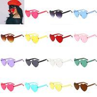óculos transparentes venda por atacado-Moda Em Forma de Coração Claro Geléia Colorida Óculos De Sol Unisex Pêssego Corações Shades Óculos Óculos Transparentes Mulheres Acessório de Moda 14 Cores
