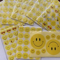 gelbes aufkleberpapier großhandel-Yellow Smile Adhesive Stickers Kindergarten Belohnung Lob Aufkleber für Kinder Papierprodukte Crying Face Expression Sticker Preschool Tool