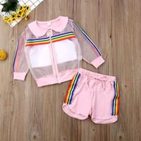 gilet arc-en-ciel achat en gros de-2019 enfants vêtements d'été bambin enfants bébé fille manteau maille + gilet + pantalon tenue 3 pcs combinaison de soleil coloré arc-en-ciel rayé