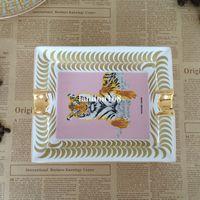 Luxury Gold-rimmed Ceramic Ashtray animal tiger Cigar Ashtray Simple Restaurant Living Room Ceramic Ashtray Creative Gift