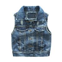 kot yelek çocuklar toptan satış-Yeni çocuk Erkek Kot Yelek Bahar Sonbahar Kırık Delik Tarzı Çocuk Yelek Giyim Bebe Kot Ceket 2-7 T Için giyim