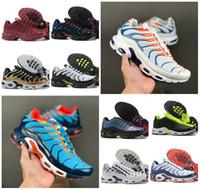 3d spor ayakkabıları toptan satış-2020 Yeni Tasarımcı Hava Tn Artı GS Erkek Spor Ayakkabı Ucuz Tn Sunburst 3D Beyaz Siyah Chaussures Requin Homme SE Zapatillas Sneakers çalışan
