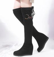 botas pretas saltos de cunha venda por atacado-Plus size 32 a 42 43 Sexy Preto Synthetic Suede Wedge Salto Altura aumentou durante o joelho botas altas da coxa 8 centímetros