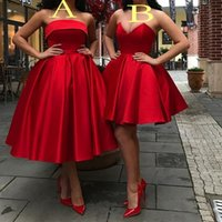 rot dres gold großhandel-Günstige Rote Kurze Land Brautjungfern Kleider Schatz Knielangen Boho Beach Trauzeugin Hochzeitsgast Party Dres