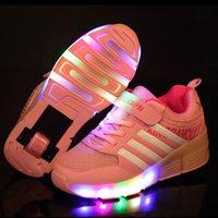 patinaje sobre ruedas al por mayor-Los niños que brillan las zapatillas de deporte para niños con zapatos de ruedas para niños Breathale Para Niños Niñas Zapatos patín de ruedas con WheelsMX190919