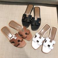 розовые черные сандалии оптовых-Summer black or white  ladies  designer sandals real cowhide shoes flat shoes slippers women fashiona
