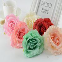 yeni yıl broşları toptan satış-100 adet İpek güller noel dekorasyon ev düğün aksesuarları için yeni Yıl sevgililer Günü hediyesi diy broş Yapay çiçekler