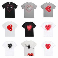 weiße tupfenhemd männer großhandel-2019 COM-Großhandelsgraue Mann-T-Shirts Heiße FEIERTAGS-Herz Emoji japanische weiße schwarze Tupfen-Herz-weißes T-Shirt Mens Womens