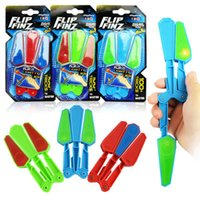 Wholesale lighted toys retail resale online - Flip Finz Fidget Plastic Spinner Toys Blue Red Green Twirl Flip Light Up With LED OVP Endless Addictive Fun Assorted Toys For Teenagers