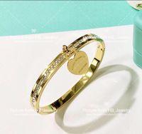 ingrosso marchio di amore della signora-Hanno francobolli Popolare marchio di moda T Love designer Bracciali per signora Design Women Party Wedding Lovers regalo gioielli di lusso con per la sposa