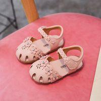 Wholesale baby girls footwear sandals resale online - Sandals for Baby Girl Summer Toddler Girl Shoes Year Old Newborn Sandals Beige Pink Clogs Kdis Children Footwear D05145