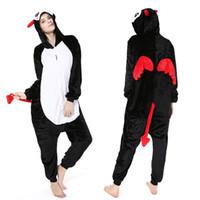 tier-pyjamas groihandel-Flanell-Karikatur einteilige Pyjamas Männer und Frauen süßes Paar Modelle Dämon Leistungskleidung Tier Leistungskleidung Cosplay