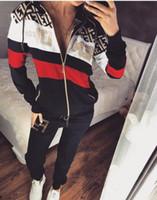 tampa média venda por atacado-2019 europeia e americana marca quente impressão das mulheres splice zipper cap esportes casual terno jaqueta + calças