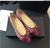 dobre sapatos baixos venda por atacado-Frete grátis! Conforto Macio mulheres sapatos de bailarina de couro plana Sapatos Grávidos dobrar-se sapatos de ballet 35-41 xinfa180324015