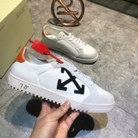 Wholesale Fashion designer men s casual shoes luxury platform trainer sports shoes top quality superb workmanship selling top models cowhide with impo