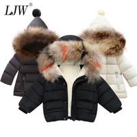 ingrosso giacche di pelliccia del neonato-collare Moda Bimbo giacche di pelliccia Autunno Inverno Bambini cappuccio caldo rivestimento dei bambini outerwear ragazza Coat Ragazzi Ragazze Clothe Y191014