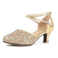 sapatos de dança cm talão venda por atacado-Mulheres Ladies Party Ballroom Dança Latina Sapatos 5.5 cm Salto Tango Salsa Sandálias de Dança Para Roupas de Dança Latina Acessórios Novo