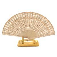 duftfächer großhandel-Hot Hochzeit bevorzugt Geschenke Chinesen hohles Holz geschnitzt Falten Fan hochwertigen Duft Holz Handventilator