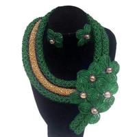 conjunto de joyas hechas a mano africanas al por mayor-Conjuntos de joyería Dudo Dubai 4 colores Conjunto de collar de perlas africanas verdes Conjunto de 3 capas de mezcla de flores de flores hechas a mano de color 2019 Moda