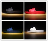 yürüyüş ayakkabıları sandaletler toptan satış-2019 Erkek Casual Hava Plaj Slayt Sandalet Medusa çizikleri Terlik Moda Klasik Avrupa Marka Geçmeli Sandalet Yürüyüş Yürüyüş Ayakkabı 38-46