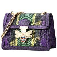 moda çanta mağazası toptan satış-Tasarımcı-çıkış marka kadın çanta moda serpantin omuz çantası kişilik çivili arılar zincir çanta moda kontrast deri omuz çantası