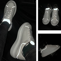 zapatos del banquete de boda al por mayor-Zapatos de diseñador 3M Plataforma reflectante Zapatos casuales Triple Blanco Negro Hombres Mujeres Pisos amantes de la boda del partido zapatos 36-44