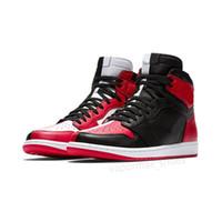 лучшие высокие кроссовки мужчины оптовых-Designer shoes men Nike Air Jordan 1 1s High OG Mens Баскетбольные кроссовки Banned Toe Shadow Gold Топ Лучшие дизайнерские мужские кроссовки для легкой атлетики