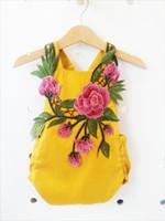 neugeborener gelber spielanzug großhandel-Neugeborenes Babyspielanzug-Pfingstrosen-Blumen-Nadel-Rost-Prin-Overall-quadratischer Kragen-Schleuder