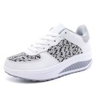 low priced 79575 4f185 Kaufen Sie im Großhandel Form Ups Frauen Schuhe 2019 zum ...