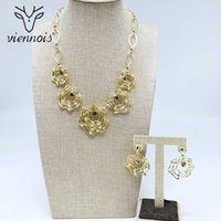 ingrosso insieme dei monili di colore dell'oro-Viennois New Gold Colour Earrings Necklace Set For Women Geometric Party Jewelry Set 2019