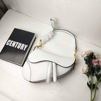 ingrosso borsa della scatola metallica delle donne-Borsa da sella in vera pelle di lusso Borsa da designer classica di lusso 2019 accessori in metallo lettera nuova borsa donna con scatola