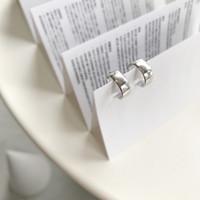 925 silberne ohrreifen großhandel-925 silber Glänzend breite version geformt ohrclip ring Ohrringe Für Frauen Elegantes Design Geometrische Schmuck Creolen 1 paar