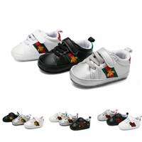 neue flache schuhe für mädchen großhandel-Neue Mode Frühjahr Neugeborenen Mädchen Weichen Boden Flache Schuhe Kinder Kinder Lauflernschuhe Jungen Turnschuhe Säuglingskleinkindschuhe Joggingschuhe