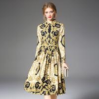 sarı zarif çiçekler elbisesi toptan satış-Kadın Pist Gömlek Elbise Zarif Bağbozumu Bahar Sonbahar Noel Robe Femme Düğmeler Uzun Kollu Çiçek Baskı Elbise Sarı QP32133