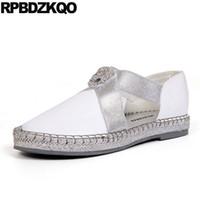 китайская фирменная обувь оптовых-China Breathable Metal White Ladies Beautiful Flats Shoes Diamond Crystal  Slip On Rhinestone Chic Women Metallic Chinese
