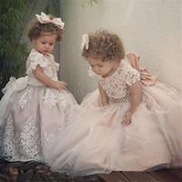 primeiro vestido de comunhão venda por atacado-Custom Made Vestidos Da Menina de Flor para o Casamento-Line Princesa Tutu Lantejoulas Appliqued Lace Bow 2019 Vestido de Primeira Comunhão Da Criança Do Vintage