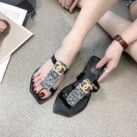 perlen stil großhandel-INS Style Sandalen mit Pearl Logo Brand Damen Strandschuhe mit Pailletten Summer Fashion Slippers für Damen