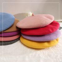 ingrosso berretti-Corea autunno e inverno nuovo colore solido berretto di lana pittore cappello berretto retrò classico semplice moda classica