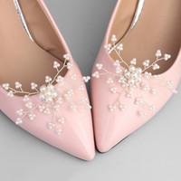 sapatos de renda branca pérola venda por atacado-Sapatos de casamento das mulheres branco baixo salto alto arco flor de noiva de casamento bombas feitas sob encomenda pérola noivas sapatos de casamento JCL004