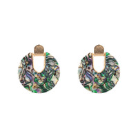 ingrosso l'orecchino acrilico ciondola-2 paia / lotti orecchini acrilici in resina colorata con ciondola tondo per donne Design unico con forma a U Orecchini con conchiglia abalone Gioielli da sposa