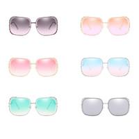 a18bd5de47 gafas de sol de imitación al por mayor-Ahuecando hacia fuera las gafas de  sol