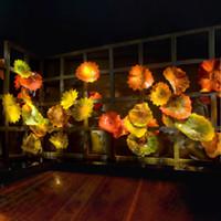 sarı çiçekler duvar sanatı toptan satış-Yeni Sarı Turuncu Lüks Üfleme Cam Duvar Tabakları Custom Made Otel Duvar Dekoru Cam Sanatı Tabaklar Çiçek Şekli Duvar Dekorasyon Sanat Lambaları