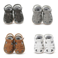 Wholesale newborn size leather walkers resale online - New Baby boys sandals summer Fashion Kids Slippers infant First Walkers newborn Walkers shoes colors C6055